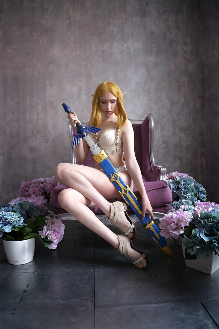 Boudoir Zelda by neko-tin Check out http://hotcosplaychicks.tumblr.com for more awesome cosplayWe're on Facebook!https://www.facebook.com/hotcosplaychicks