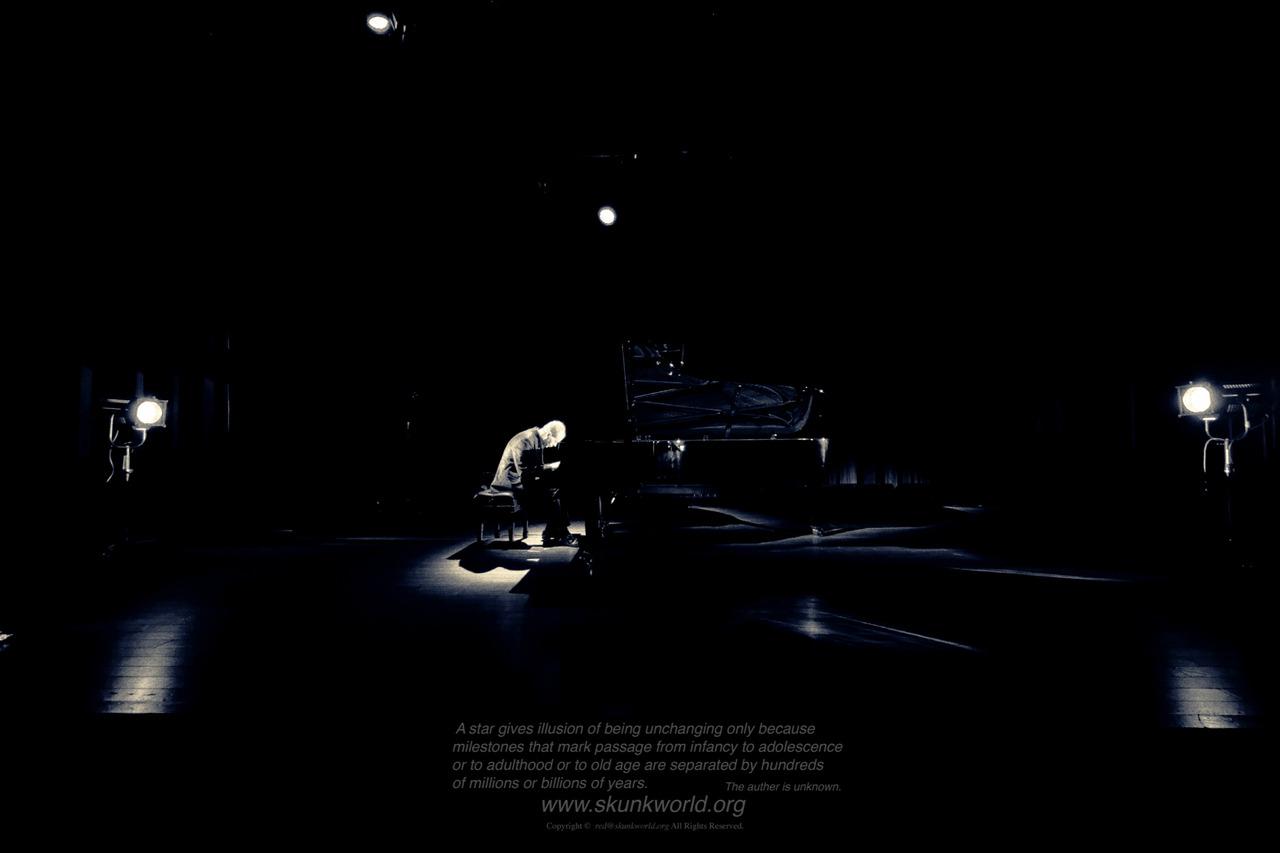 Phillip Strange:pianisthttps://www.facebook.com/PhillipStrange.jazz