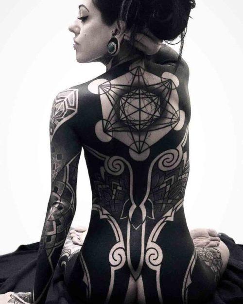 Geometric blackwork tattoo on back best tattoo ideas for Blackout tattoo back