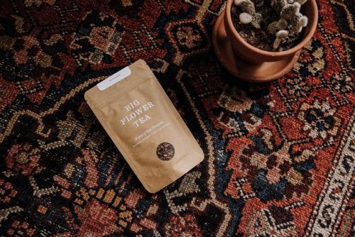 "tumblr_ozea1xrccg1r5vojso5_500 Packaging for Big Flower Tea byMaude Paquette-Boulva""Big Flower... Design"
