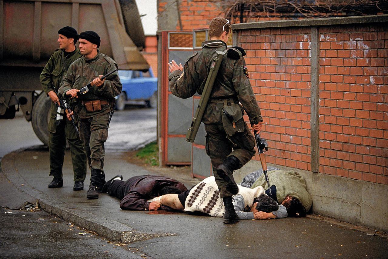 ffa7ea794723 Serbs part of the Arkan s Tigers militia kick … – History