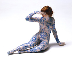 megaosmar:whoinspiresme:Dr. Lakra - Untitled (Muñeca de Porcelana), 2006  ☠
