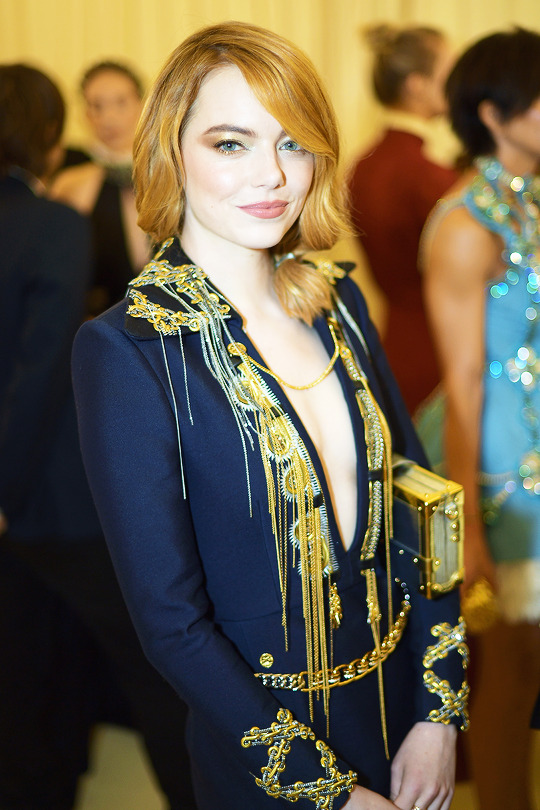 Emma Stone attends the 'Heavenly Bodies: Fashion & The Catholic Imagination' Costume Institute Gala at The Metropolitan Museum of Art in New York City (May 7, 2018).