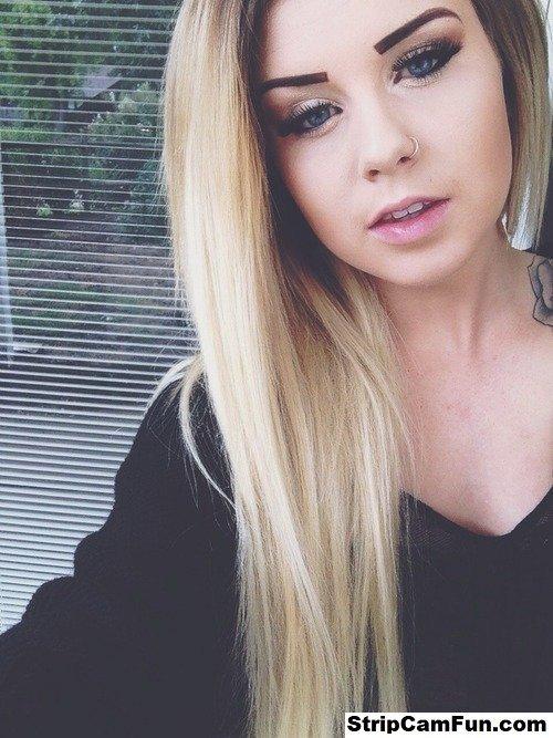 naked blonde tumblr