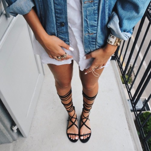 $16.54 Black lace up sandals. Get them »here« !