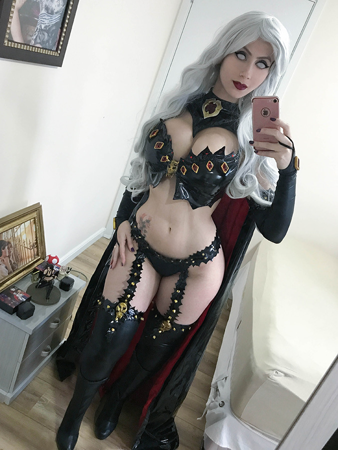 hotcosplaychicks:Lady Death cosplay selfie by adami-langley  Check out http://hotcosplaychicks.tumblr.com for more awesome cosplaySponsored: Get $3 off a GeekFuel monthly box on us! http://hotcosplaychicks.tumblr.com/geekfuel