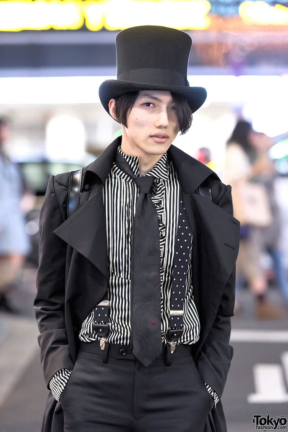 20 year old Japanese fashion student Gothmura on      Tokyo Fashion
