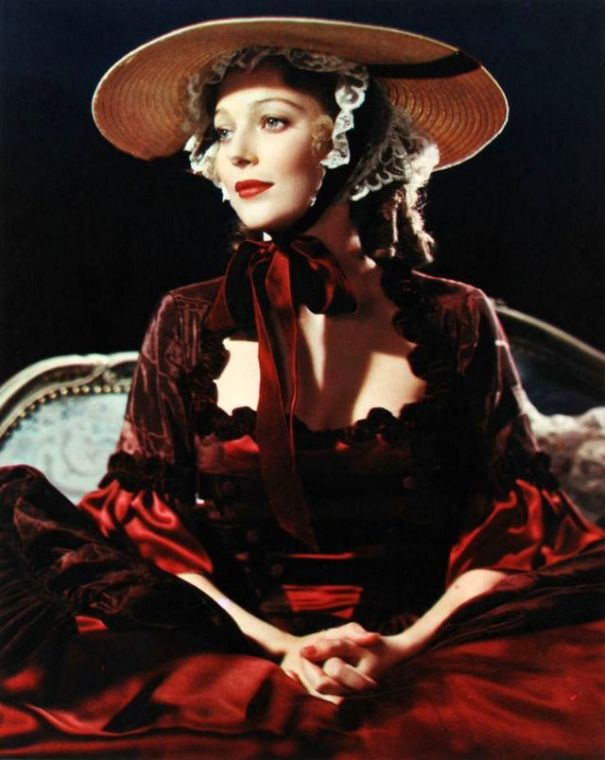 35 glamorous color photos of Loretta Young from between the 1930s and 1950s. 7249d897b8ea