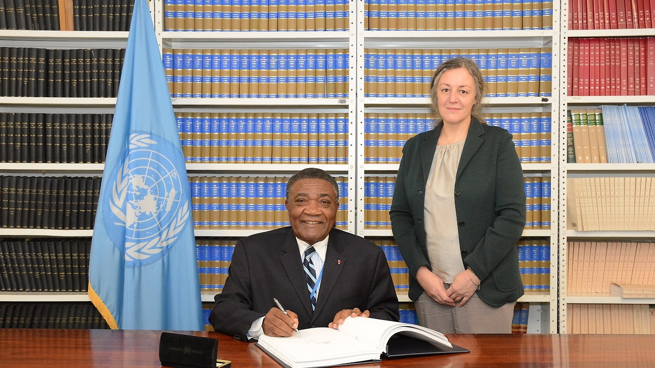 Mr. Tommo Monthe, Ambassador Extraordinary and Plenipotentiary, Permanent Representative, Permanent Mission of the Republic of Cameroon signs the United Nations Convention on Transparency in Treaty-based Investor-State Arbitration. The Convention has...
