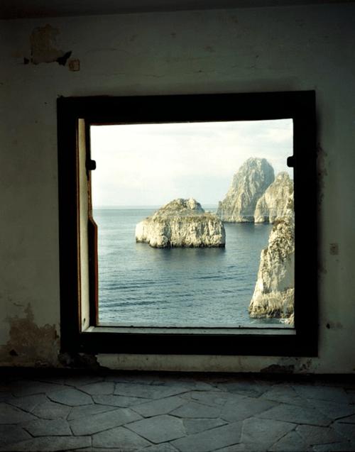 tumblr_p9uba80TSh1qfzymao5_500 just-good-design:  Malaparte house in Capri.Including some... Contemporary