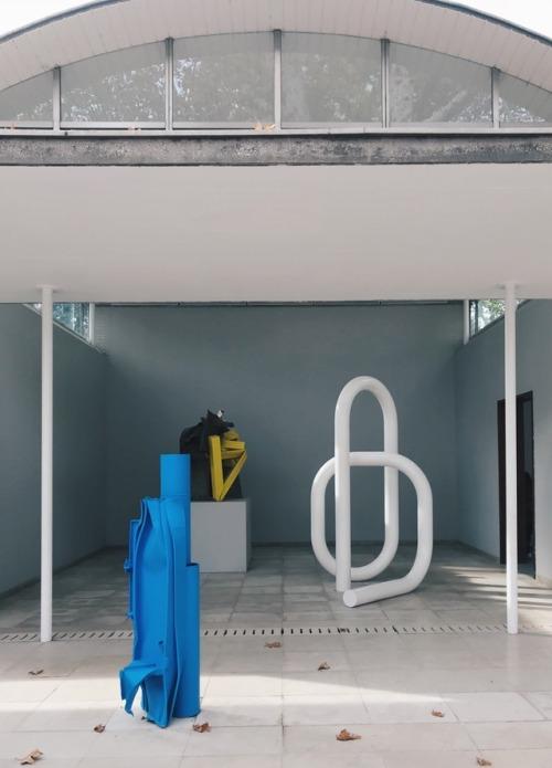 tumblr_p1xccvoZ341qi51lpo1_500 night-man-jon-gasca:  Carol Bove, Swiss Pavilion, Venice... Contemporary