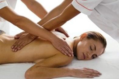 masaje a cuatro manos erótico femenino