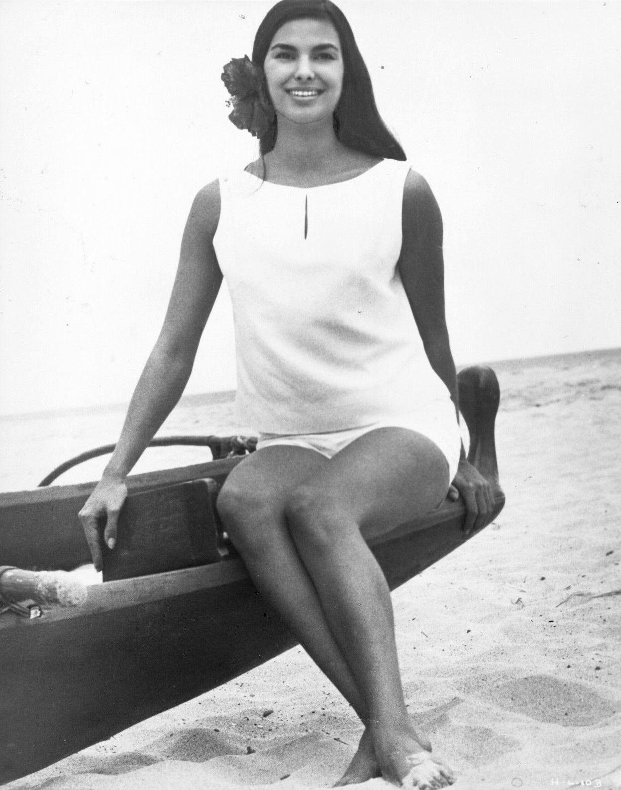 Elizabeth Logue (1960′s) – Vintage Stuff