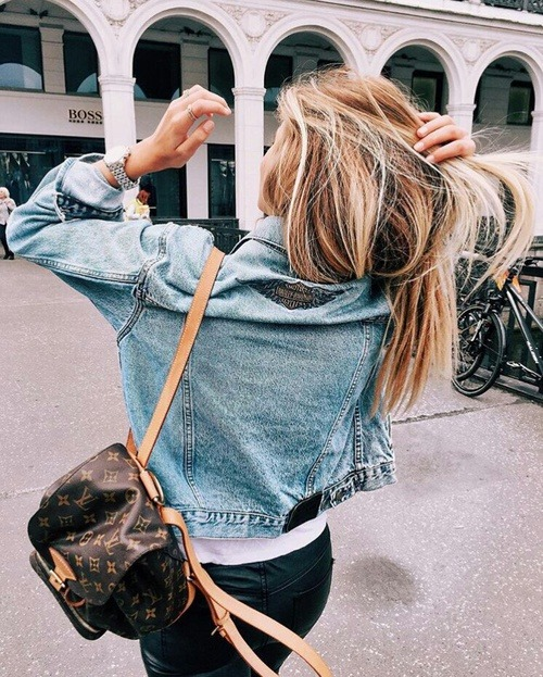 $39.95 Shop her denim jacket »here« !
