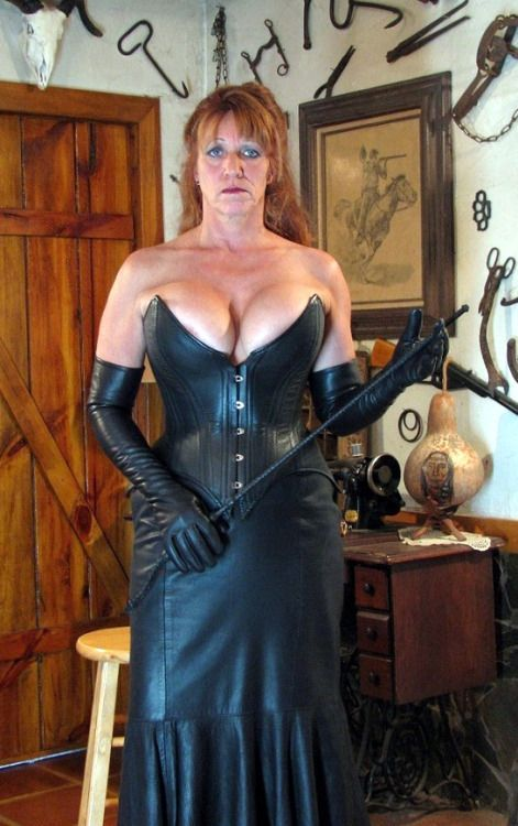 "We tend to imagine pro-dommes in the big cities, but I guess there.must be some in the rural areas. Here's one who is hoping to have her studio featured in ""Prarie Home Digest."""