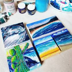 Getting myself inspired for a larger wave artwork. Hopefully filming is creation will turn out better than my last attempt!#studioscenes 💕🏝️💙..........#abstractart #art#artworks #illustration #contemporaryart #concepts #waveart #surfart #perthartist #perthcreatives #artforsale #localartist #artwork_in_studio #paintingpassion #paintings #realsimple #carveouttimeforart #beauty #arty #artshow #perthpop #perthstagram#colour (at Fremantle, Western Australia)