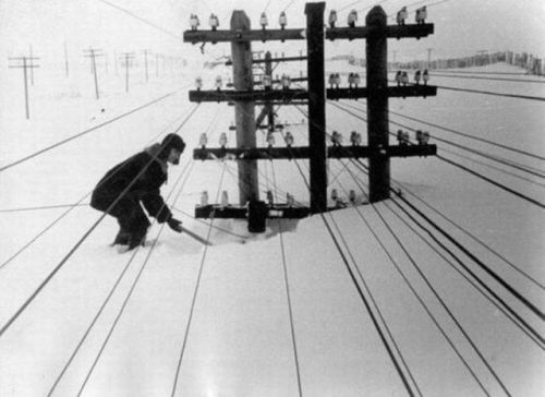 Winter in Siberia in 1960 [1000x728] Check this blog!