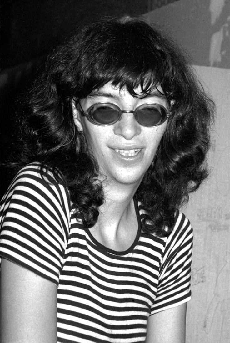 Joey Ramone at New York City punk mecca, Max's… – Glamrock