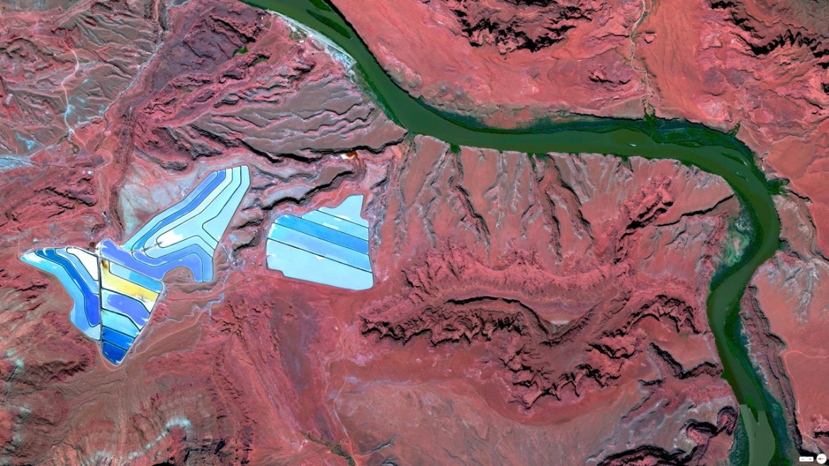 Settling ponds of Intrepid Potash mine Moab, Utah 38°29'0.16″N 109°40'52.80″W