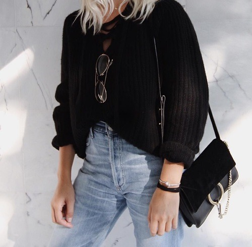 $9.69 Get her fashionable lace up sweater in black »here« !