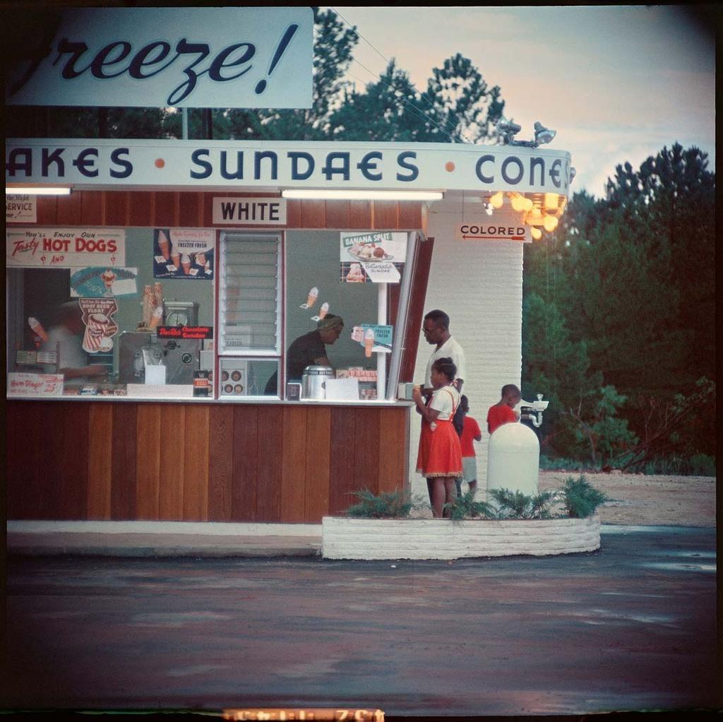 Shady Grove, Alabama - 1956 - Photo by Gordon Parks