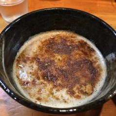 濃厚な魚介豚骨スープ