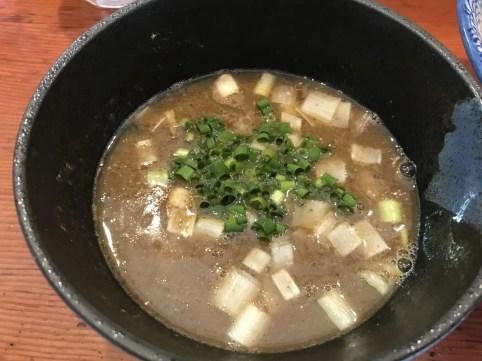濃厚豚骨魚介スープ
