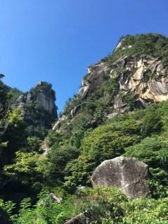 近所の名所「昇仙峡」の主峰・覚円峰