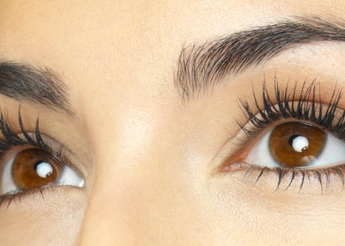 long thick eyelashes