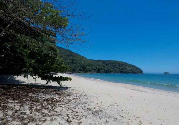 Praia do Deserto (colada no Cedro) - Ubatuba - SP - 7 Cantos do Mundo