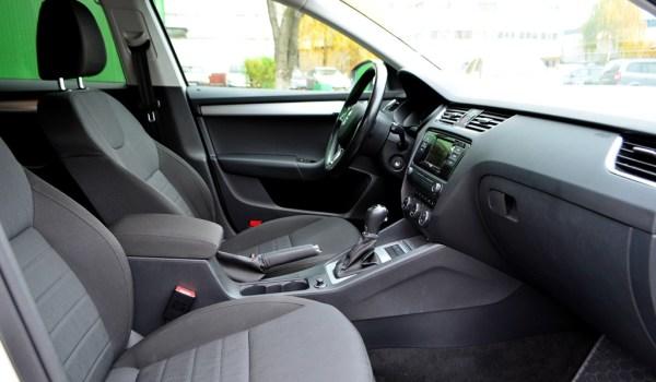 Skoda Octavia A7 Combi 1.6 TDI Auto - 1