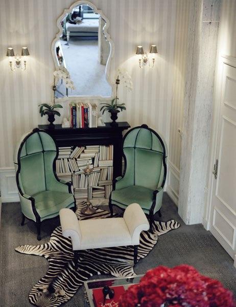 item3.rendition.slideshowVertical.ryan-korban-luxury-refined-book-04-edon-manor-boutique-nyc