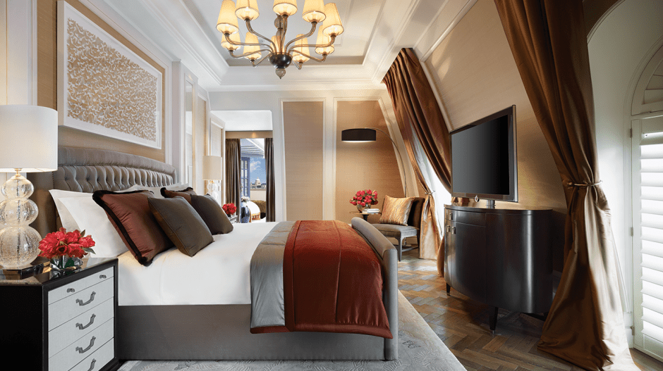 chl-royal-penthouse-second-bedroom-(crop)-cmyk-mr