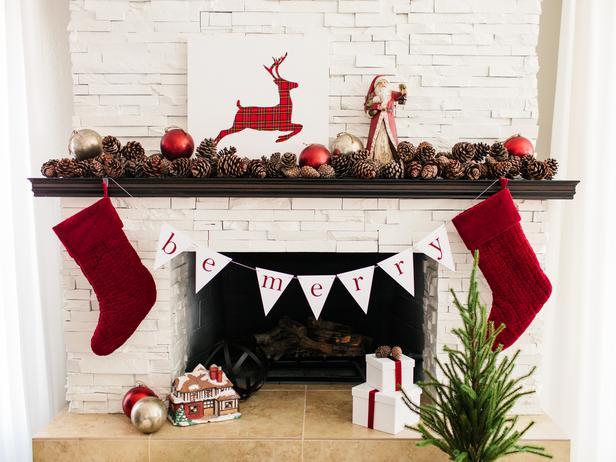 Original-TomKat_Christmas-fireplace-mantel-traditional_h_lg