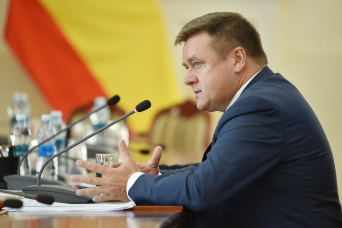 Рязанский губернатор получил благодарность Молодёжного союза экономистов и финансистов России