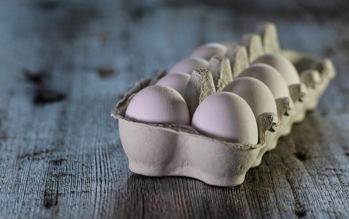 Ритейл предупредил о росте цен на яйца и мясо птицы