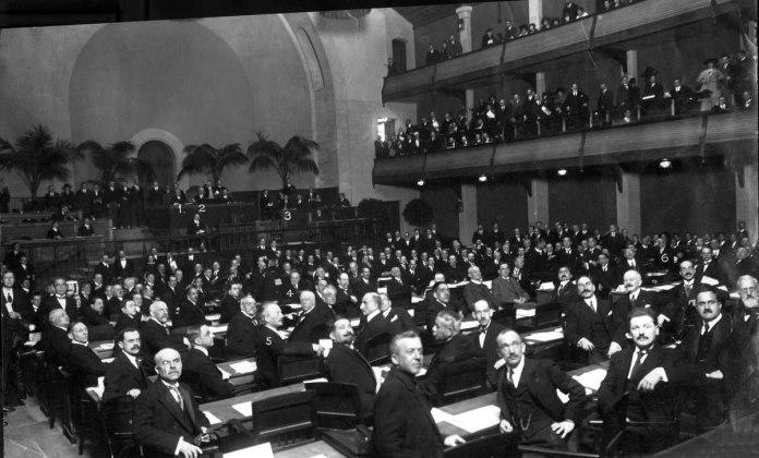 В 1920 году создана Лига Наций