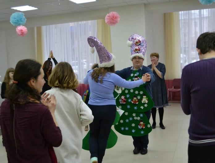 В Рязани состоялась дискотека для подростков и взрослых с особенностями развития