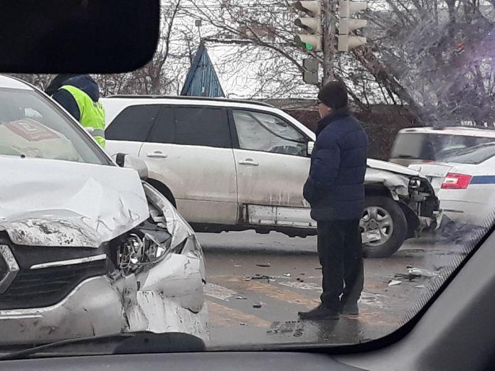У НИТИ в Рязани произошло серьёзное ДТП