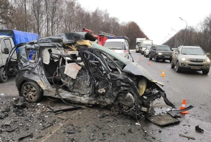 Четверо погибли, четверо пострадали в ДТП под Луховицами