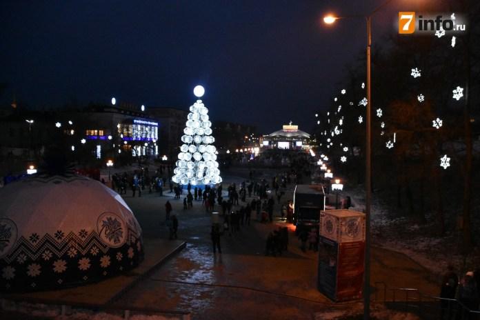 В пятницу в Рязани начнут демонтировать новогодние арт-объекты и ёлки