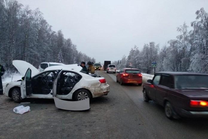 Активист КПРФ с семьей разбились насмерть под Челябинском