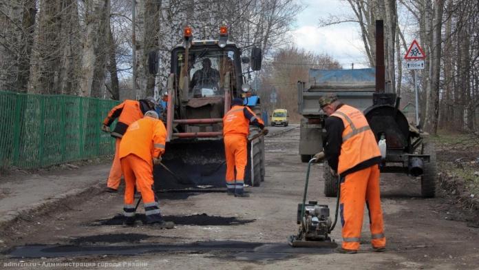 В Рязани отремонтировали более 1000 кв. м дорог