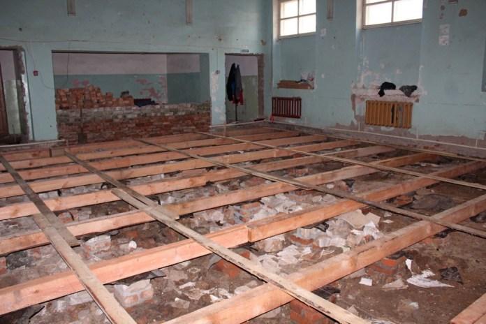 В Скопинском районе ремонтируют сельский дом культуры