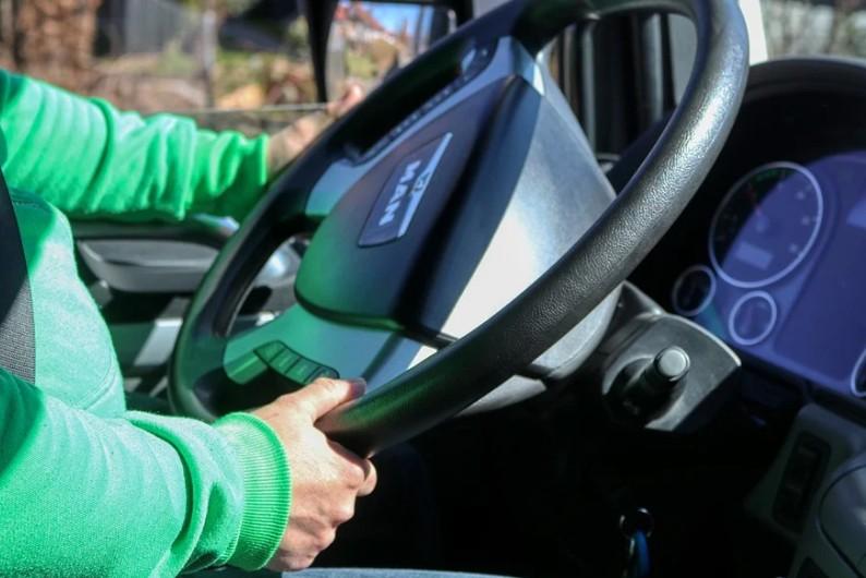 Брянских водителей замучили цыганские дети на легковушках