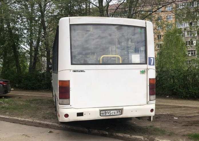 Ряд межмуниципальных автобусов отменили в Костромской области из-за отсутствия пассажиров