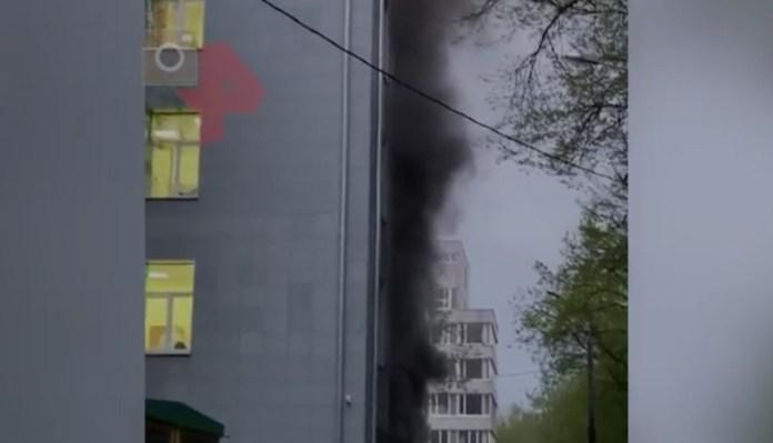 Пожар в больнице, где лечат от COVID-19, попал на видео