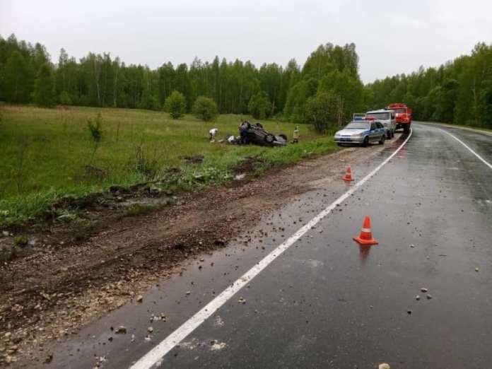 В Пителинском районе перевернулся автомобиль
