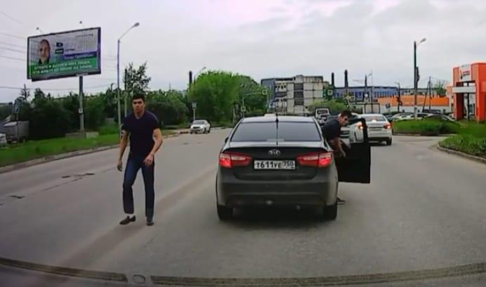 В Рязани наказали водителя-грубияна, грубо нарушившего ПДД