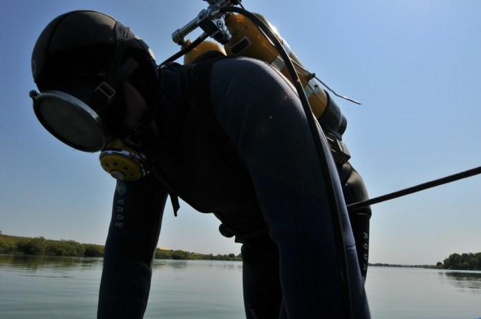 Из озера в Рязани подняли труп мужчины